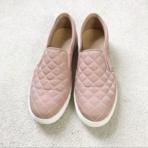 a new day Reese Quilted Sneakers